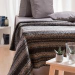 Wool Blanket Lækur: Icelandic wool blanket with brown, white and black all over pattern in traditional Icelandic style