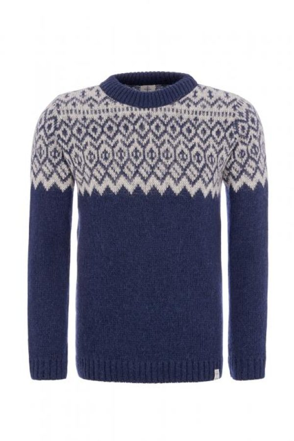 Icelandic Sweater Borg: Blue sweater with white pattern