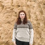 Sweater Borg beige with brown pattern